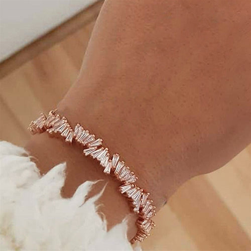 LVNGROSE-Crystal Gem Bracelet -fashion-handbags-jewelry-fashionnova-2019-trending-jewelry-best-jewelry-trends-kylie-jenner