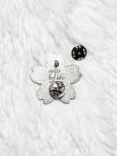 Load image into Gallery viewer, Enamel pin - Cherry blossom