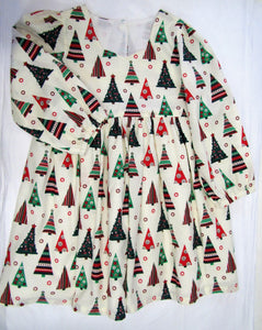 Handcrafted Christmas tree dress 3-4 years