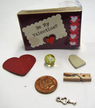 Load image into Gallery viewer, Handcrafted beautiful Valentines Day little boxes of happiness