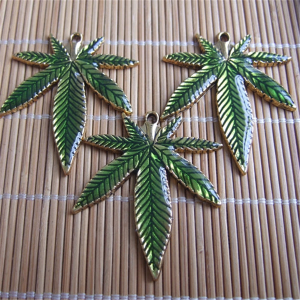 New 10 pcs Antique Gold Drop Green Oil Hemp Leaf Shaped Charms Bead For DIY Jewelry Fittings