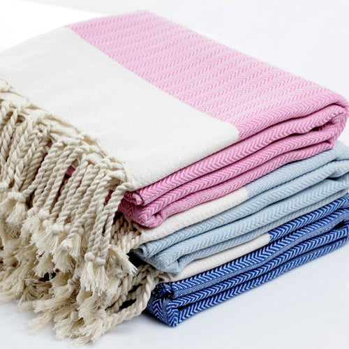 Fish Bone Patterned Towels With White Border
