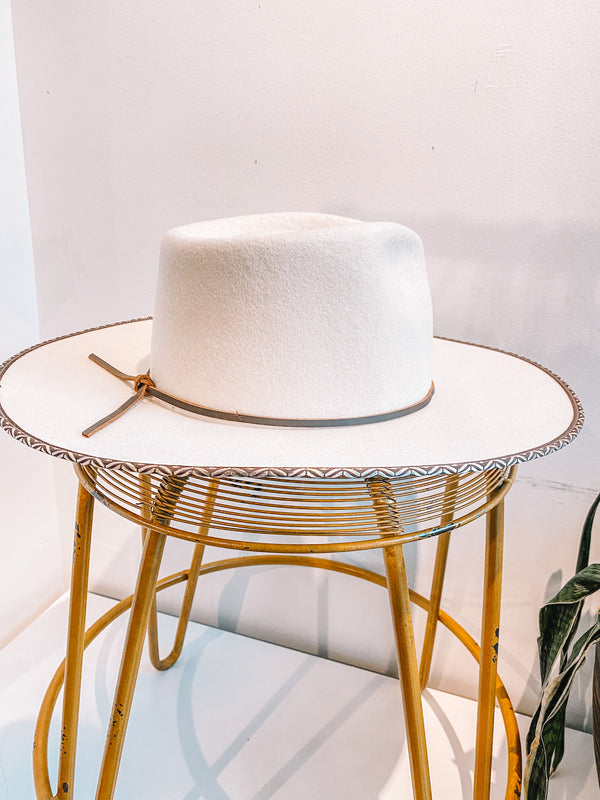 Big Sky White Hat with Trim