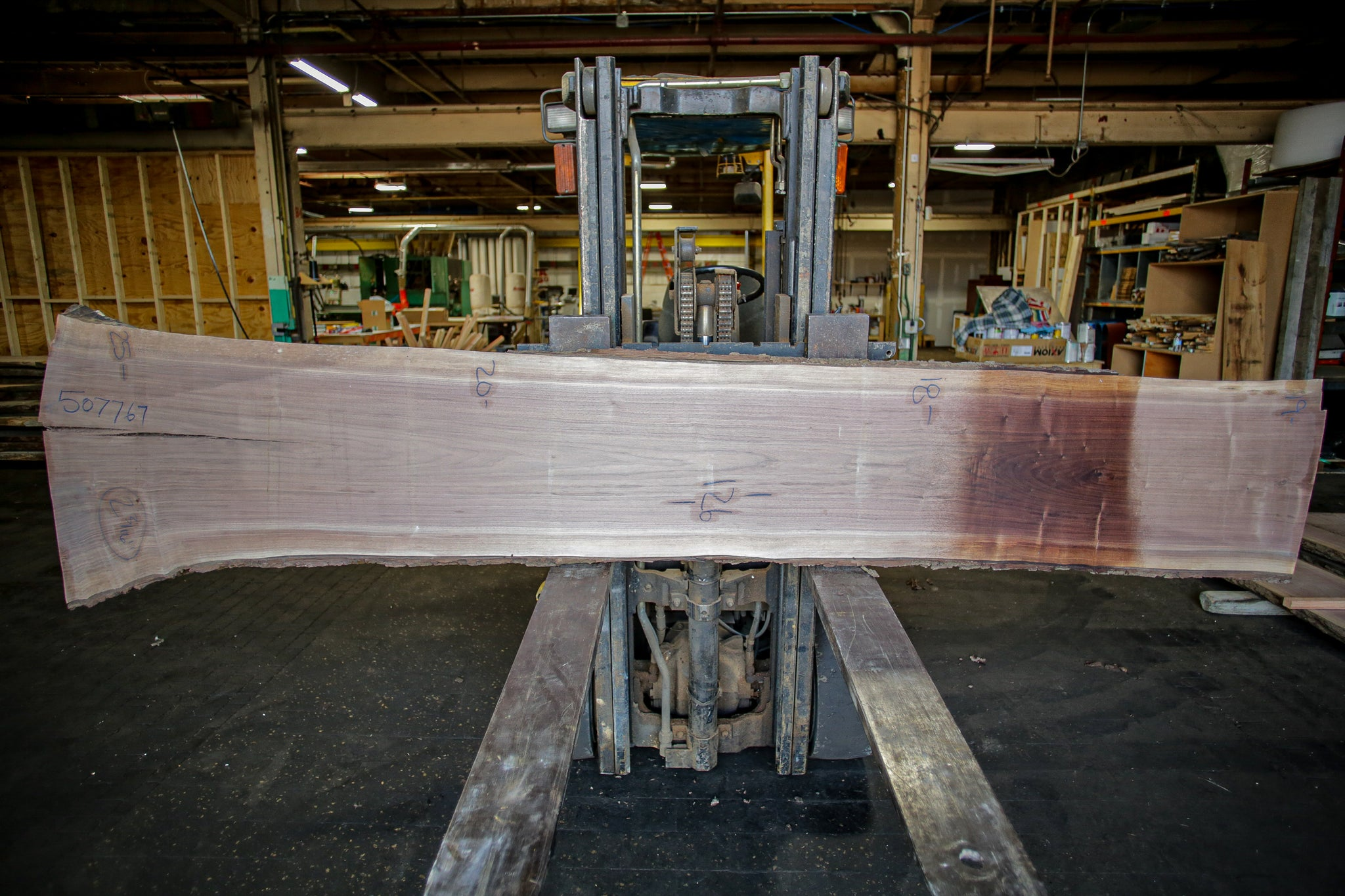 Walnut Live Edge Slab 507767