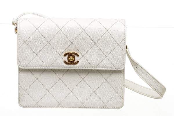 Chanel White Leather Vintage Flap Bag