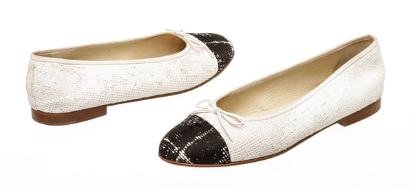 Chanel Cream & Black Tweed Ballerina Flats (Size 40.5)