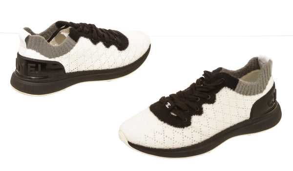 Chanel Black And White Mixed Fibers Quilted CC Sneakers Size 39.5