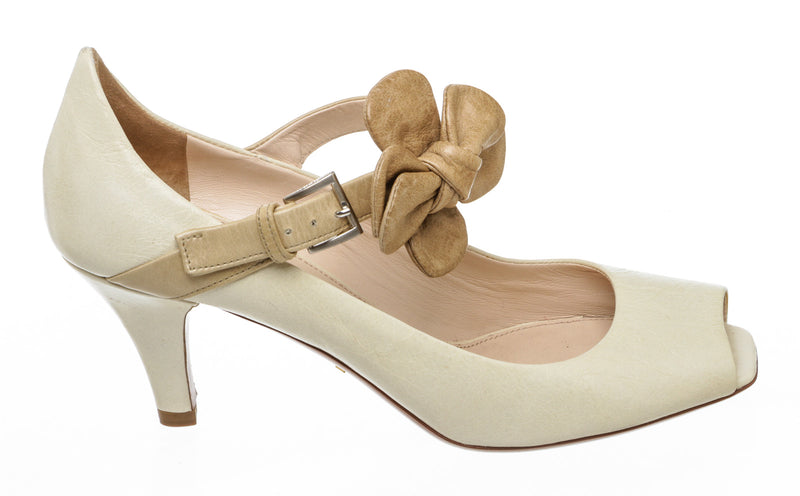 Prada Cream Leather Peep Toe Flower Strap Pumps Size 36 NEW