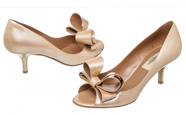 Valentino Nude Patent Leather Bow Couture Peep-Toe Dorsay Pumps Size 36