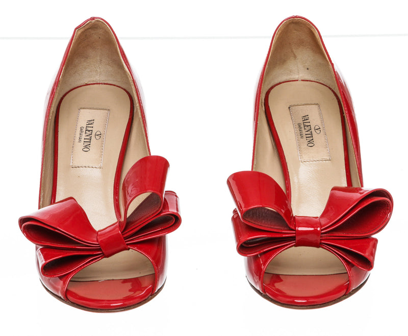 Valentino Red Patent Leather Bow Accents Pumps Size 35.5