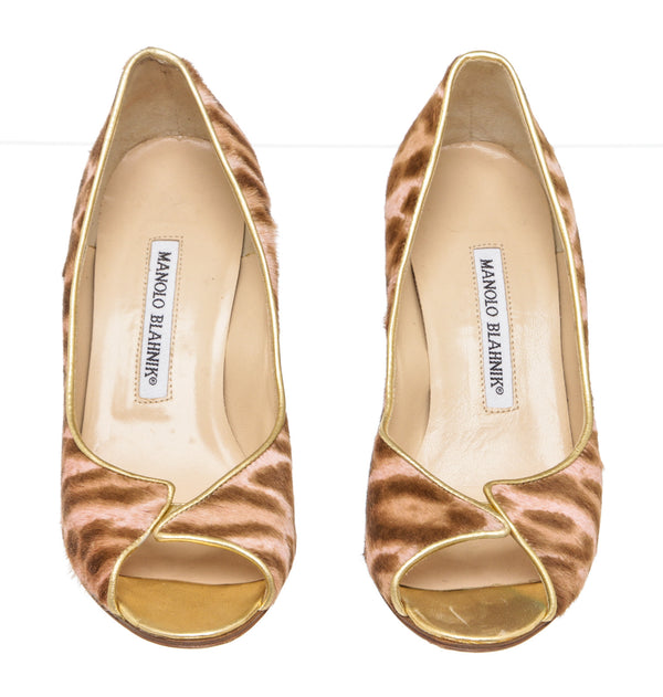 Manolo Blahnik Pink And Brown Ponyhair Leopard Peep Toe Pumps Size 36 NEW