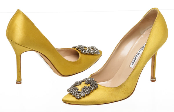 Manolo Blahnik Yellow Satin Hangisi Crystal Embellished SHW Pumps Size 38