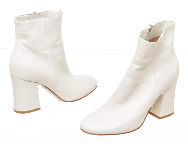 Gianvito Rossi Off White Leather Ankle Boots Size 36