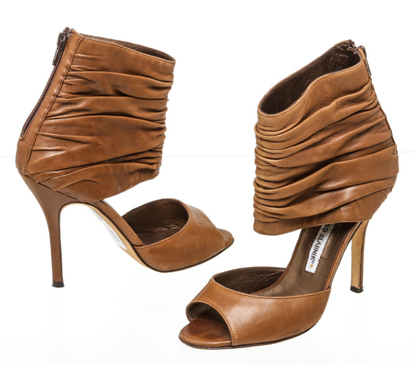 Manolo Blahnik Brown Leather Peep Toe Heels Size 38