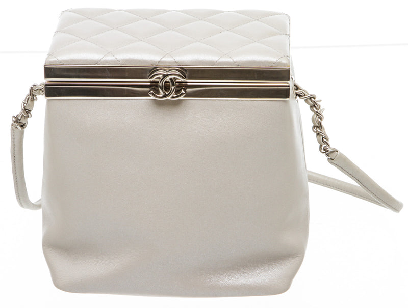 Chanel Gray Leather Vanity Case Cosmetic Crossbody Bag SHW