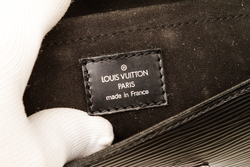 Louis Vuitton Black Epi Leather Beverly Shoulder Bag