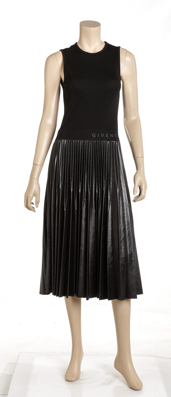 Givenchy Black Mid-length Pleaded Dress Size 38