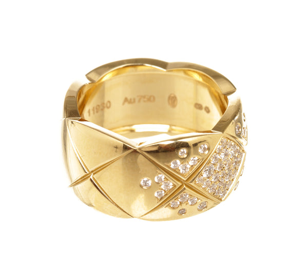 Chanel 18k Gold Coco Crush Diamond Ring