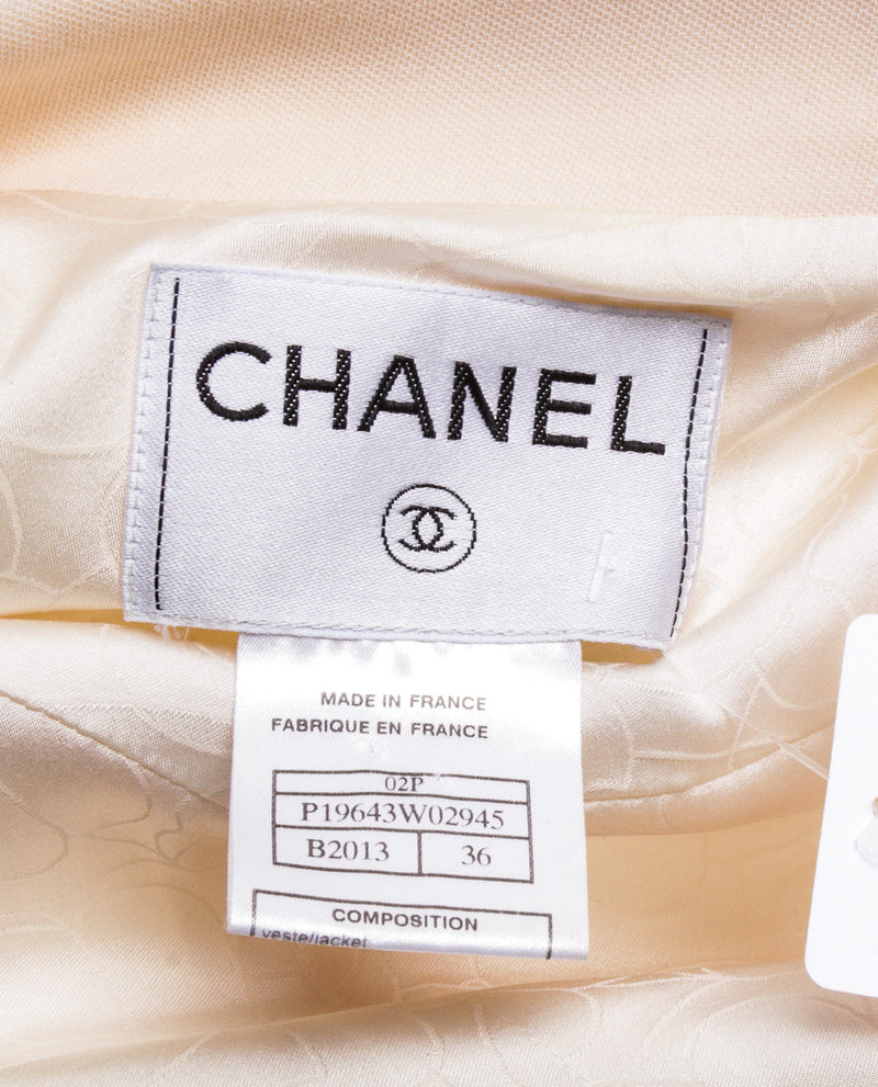 Chanel Cream Wool Long Sleeve 02P Cropped Jacket (Size 36)