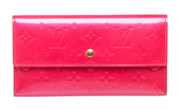 Louis Vuitton Rose Pop Vernis Sarah Wallet