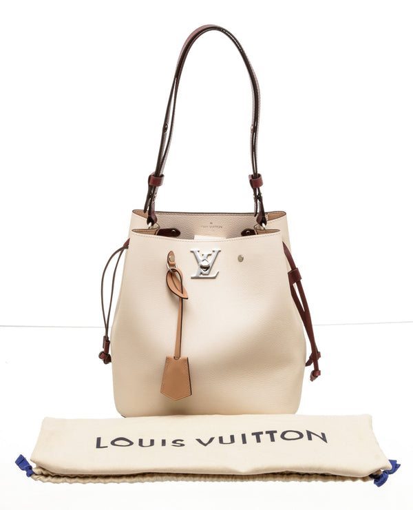 Louis Vutton  Lockme Bucket Rose Soie Quartz Calla