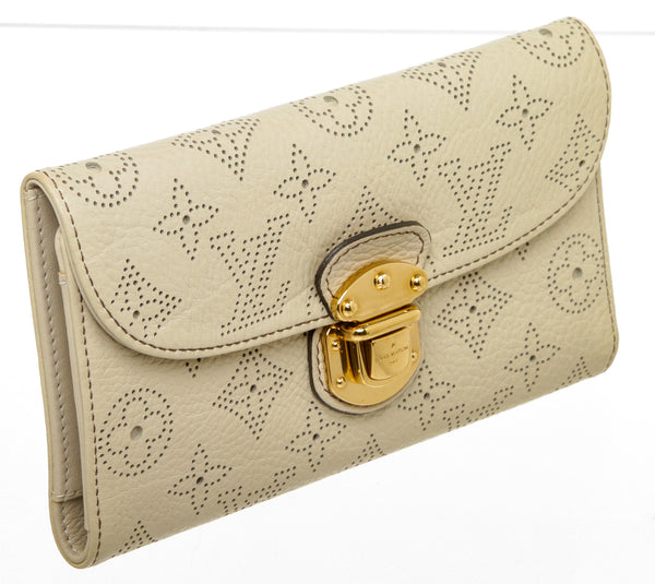 Louis Vuitton Cream Mahina Amelia Wallet