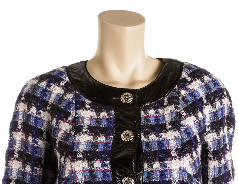 Chanel Blue and White Wool Blend Tweed and Calfskin Jacket (size 38)