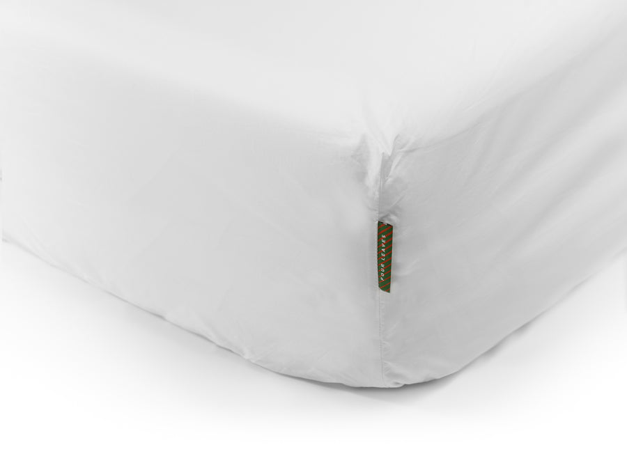 Nayakakanda sateen fitted sheet (white) - Four Leaves