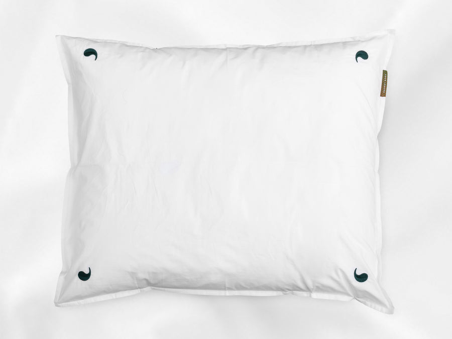 Kalundewa sateen pillowcase junior (white with dark green leaves) - Four Leaves