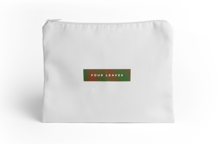 Nayakakanda glow sateen pillowcases set (white with glow in the dark leaves) - Four Leaves