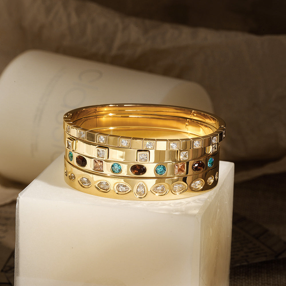 Load image into Gallery viewer, CZ Station Hinge Bangle