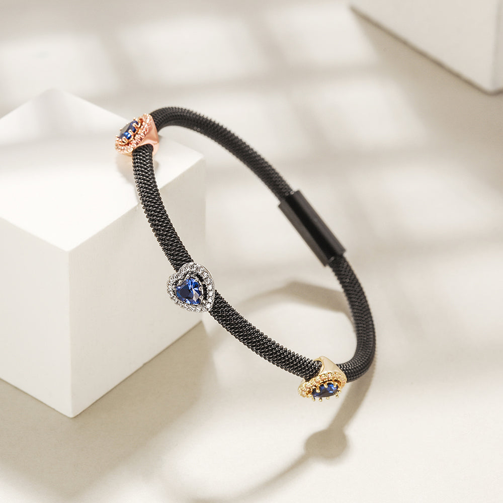 Heart Cable Station Bangle
