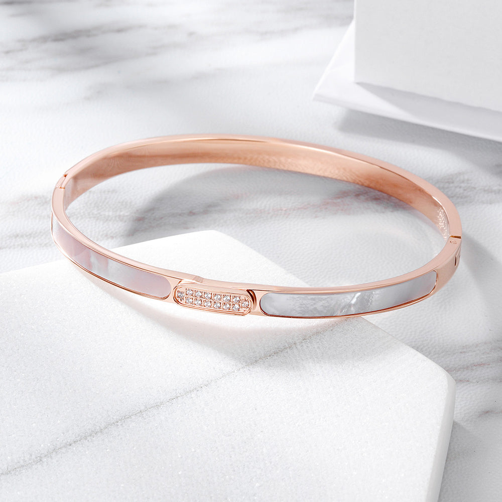 Load image into Gallery viewer, Elegant CZ&Shell Bangle