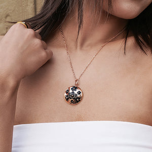 Load image into Gallery viewer, Enamel Clover Pendant Necklace