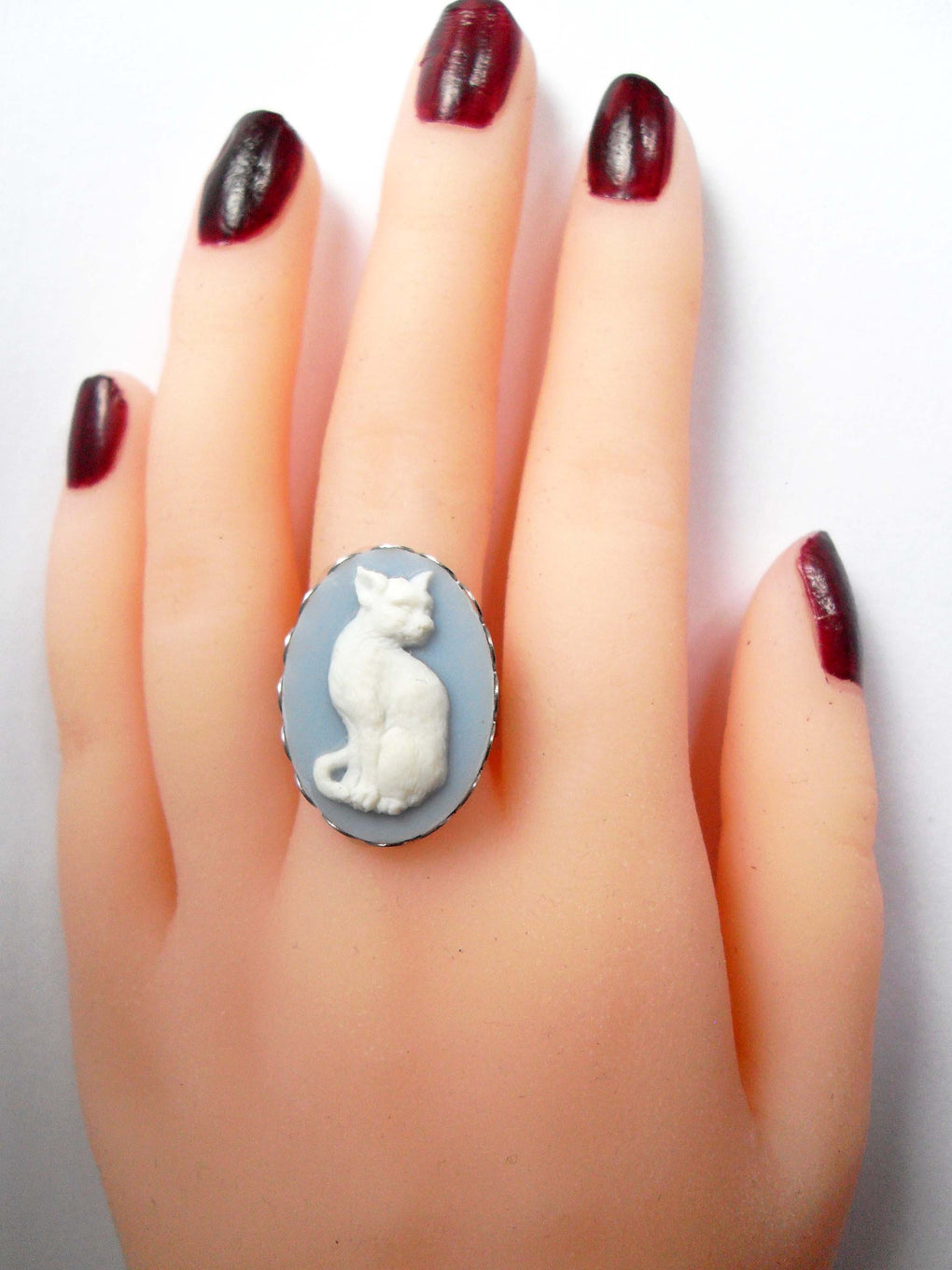 SILVER CAT CAMEO RING