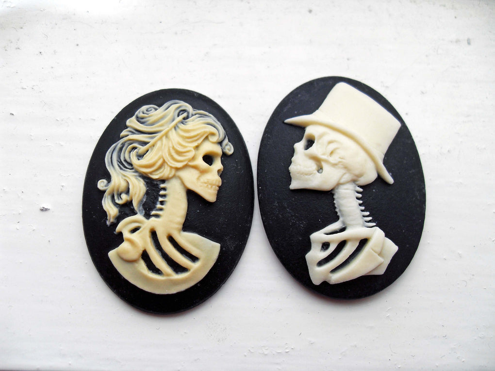 HIS & HERS SKULL SKELETON CAMEO BROOCH SET