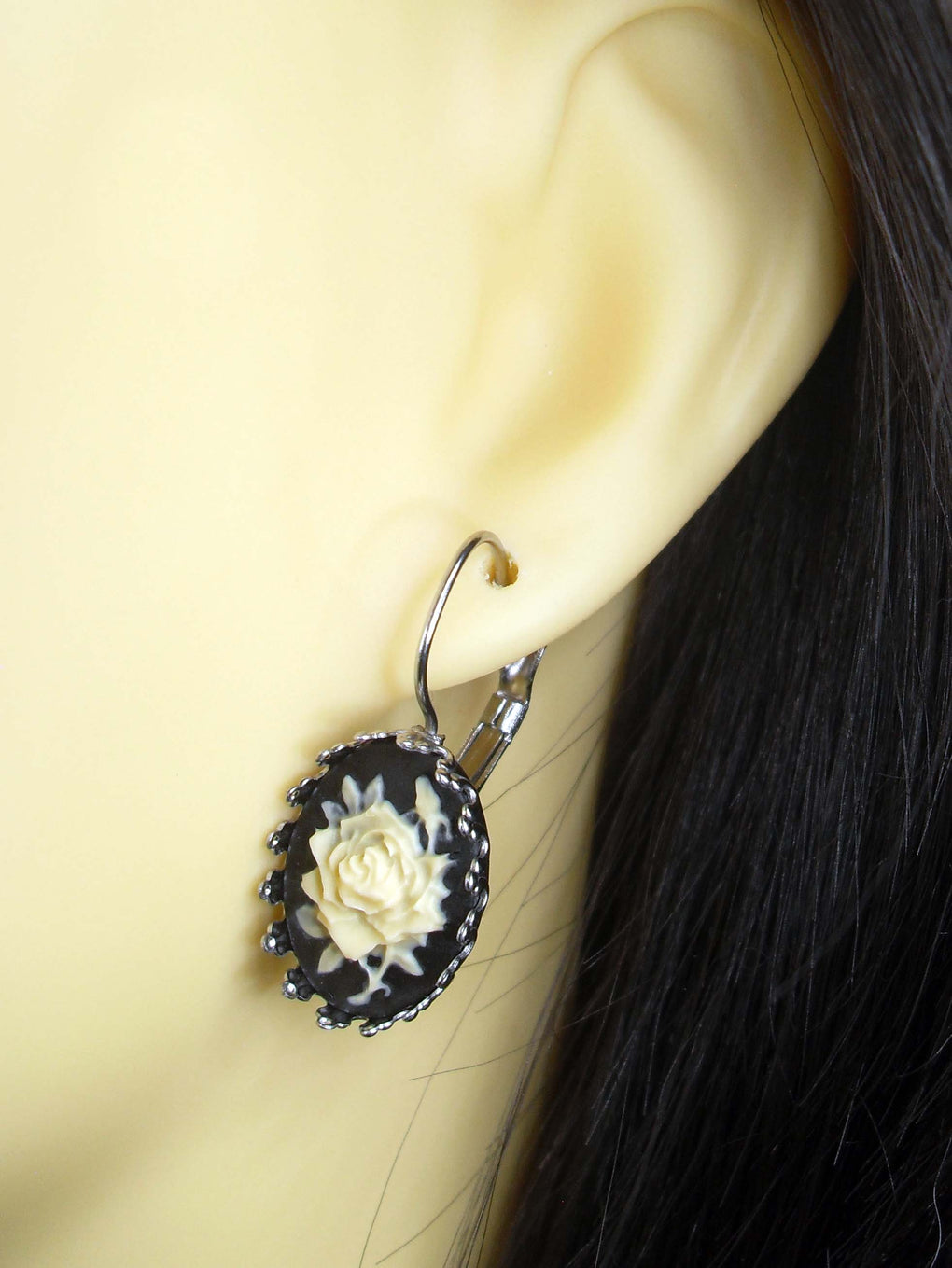 GOTHIC ROSE CAMEO CROWN EARRINGS