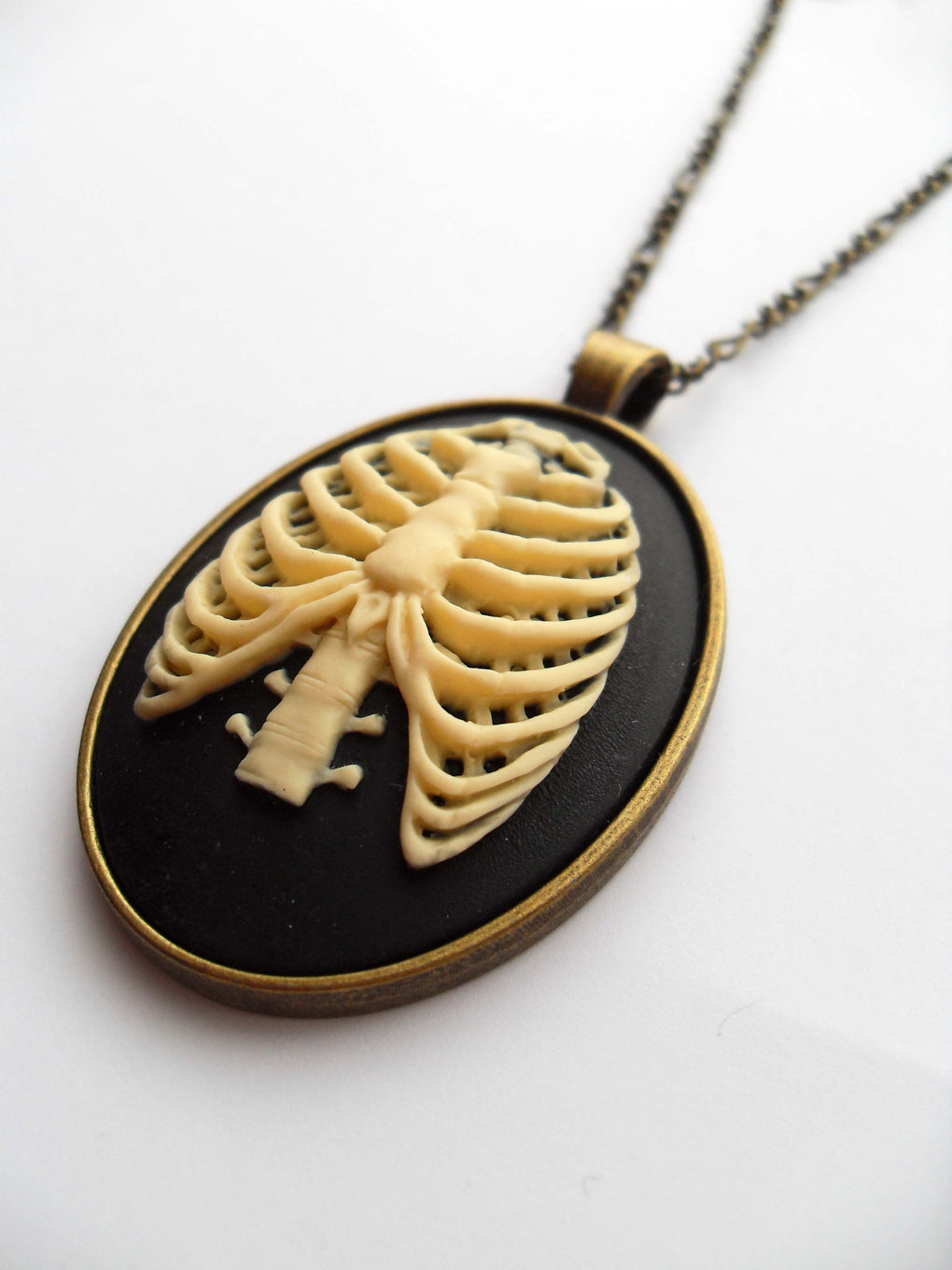 RIBCAGE SKELETON CAMEO NECKLACE