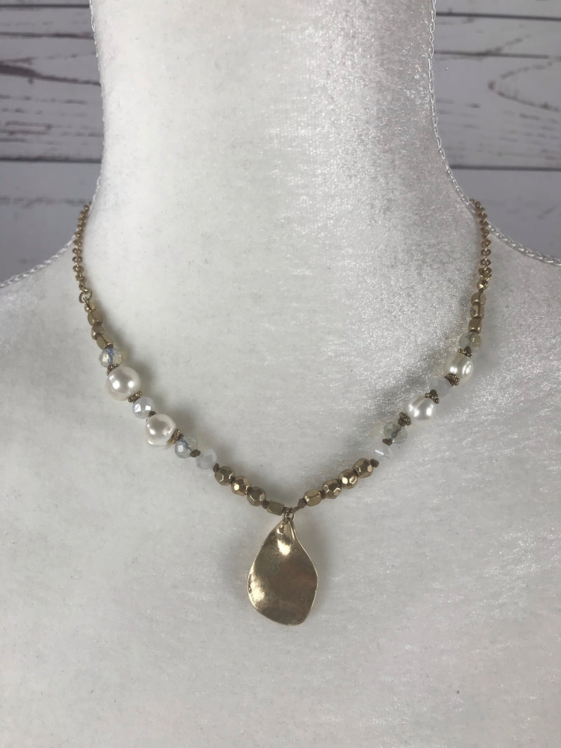 Shine with Pearls Necklace