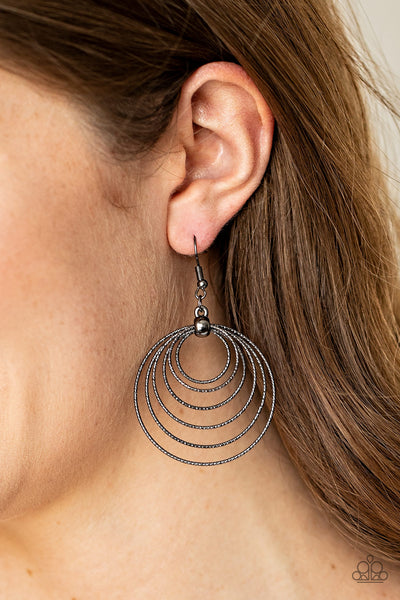 Paparazzi Elliptical Elegance - Black Earrings