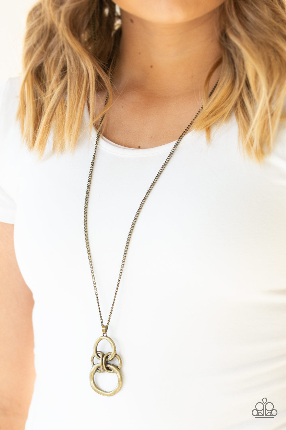 Paparazzi Courageous Contour - Brass Necklace