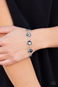 Paparazzi Perfect Imperfection - Silver Bracelet