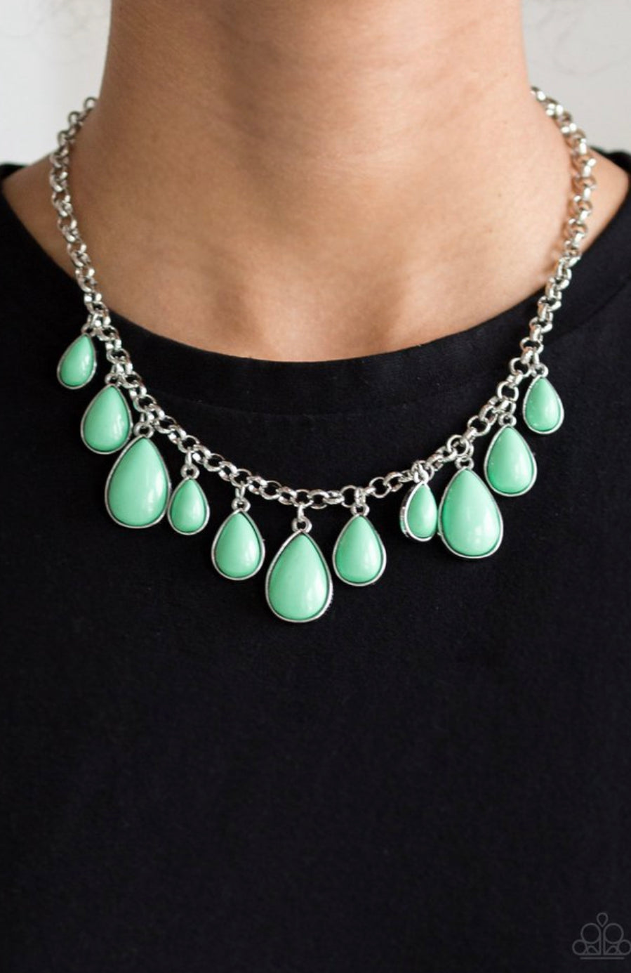 Paparazzi Jaw-Dropping Diva - Green Necklace