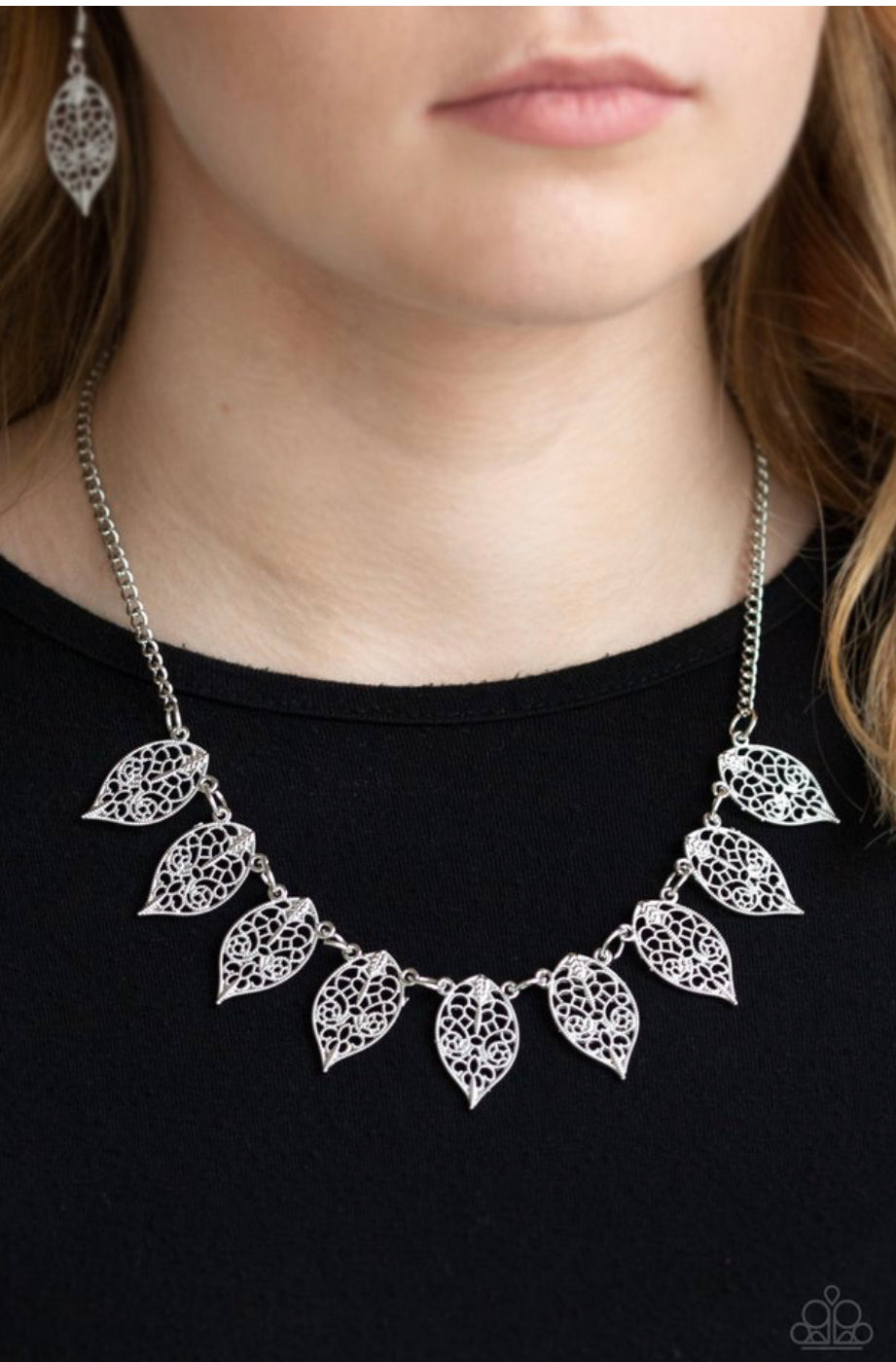 Paparazzi Leafy Lagoon - Silver Necklace