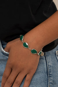 Paparazzi REIGNy Days - Green Bracelet