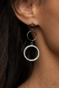 Paparazzi Rule-Breaking Radiance - Black Earrings
