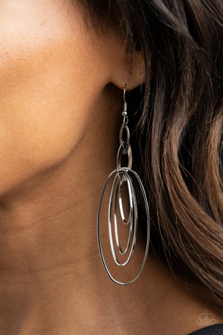 Paparazzi OVAL The Moon - Silver Earrings