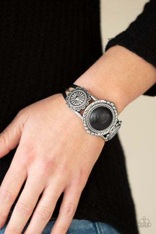 COMING SOON - Paparazzi Mojave Motif - Black Bracelet