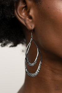 Paparazzi Beyond Your GLEAMS - Black Earrings