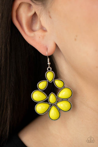 COMING SOON - Paparazzi In Crowd Couture - Yellow Earrings